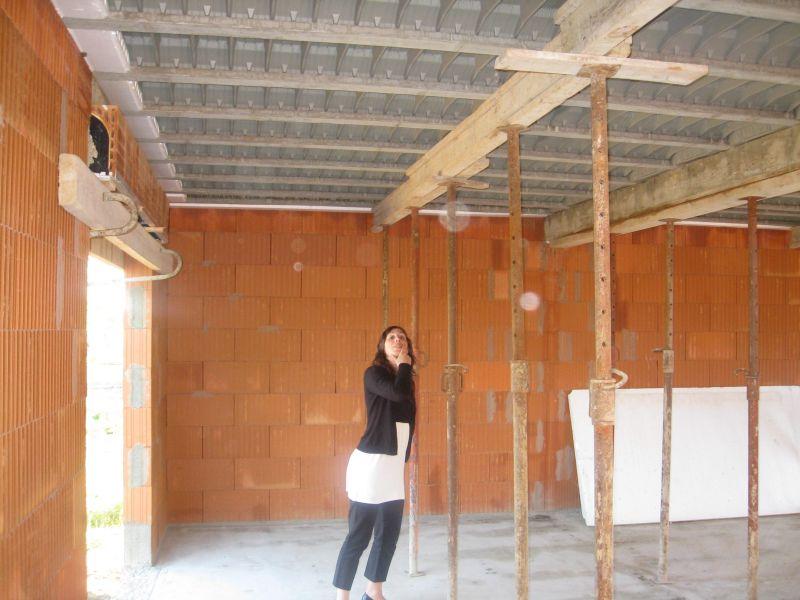 le journal de notre maison el vation des murs dalle de. Black Bedroom Furniture Sets. Home Design Ideas